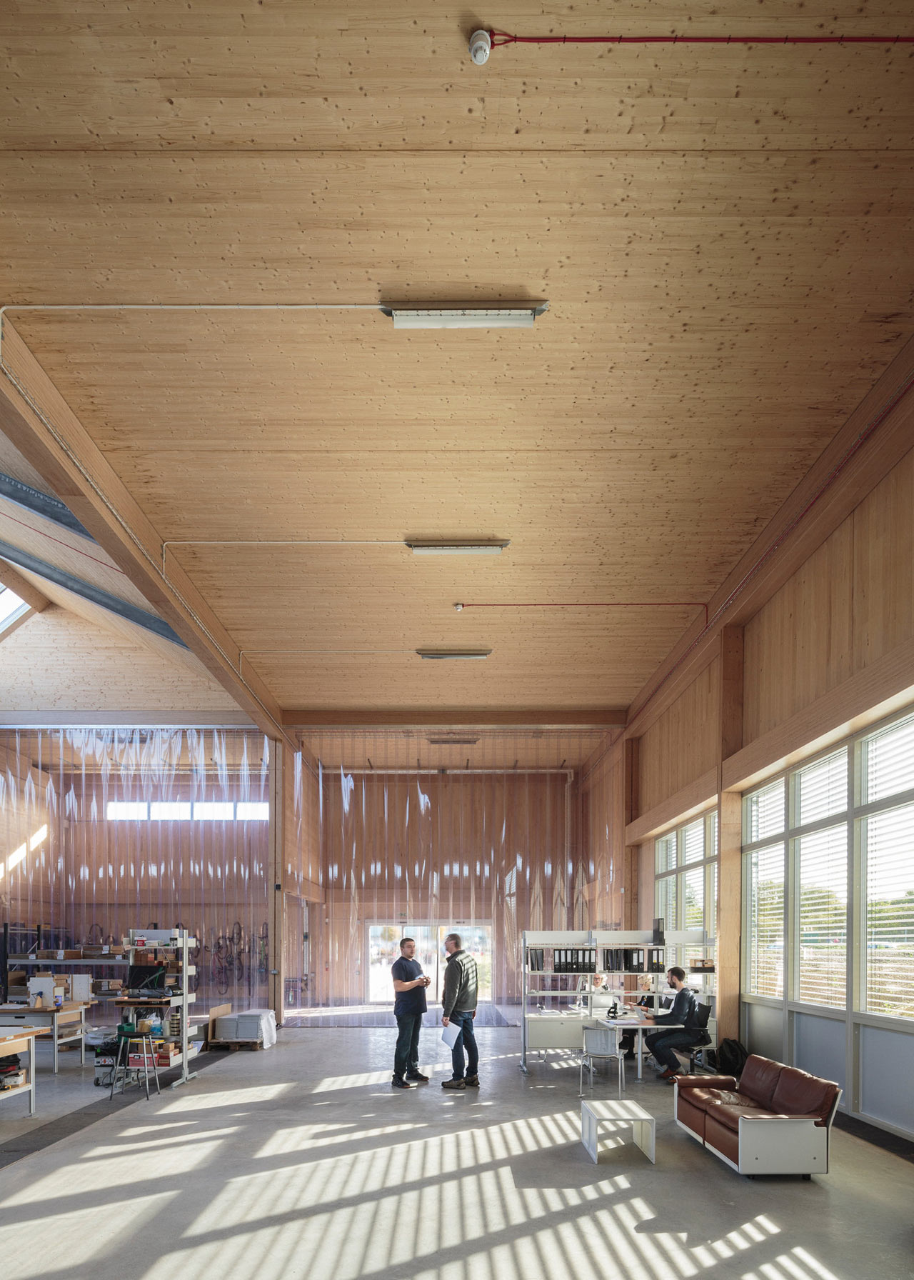 Vitsoe-Royal-Leamington-Spa-HQ-3a