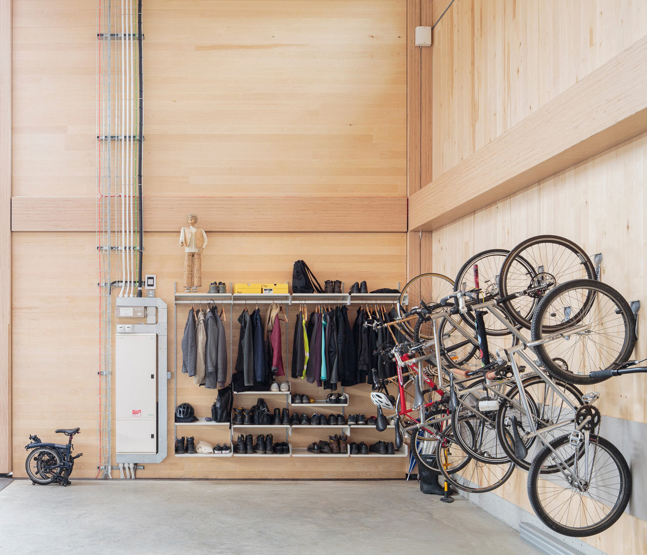 Vitsoe-Royal-Leamington-Spa-HQ-6
